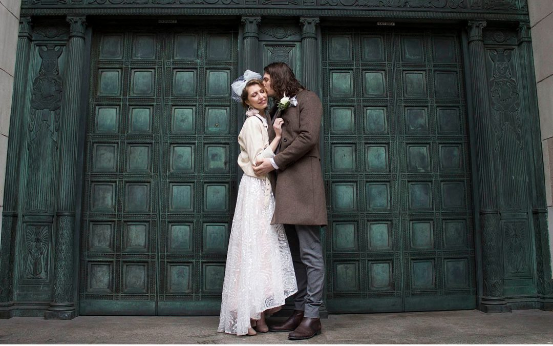 Retro Eighties Vibe City Elopement by Lucy Hannah Photography