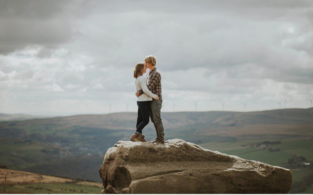 Francesca and Ben – Bridestones Outdoorsy Couple's Shoot